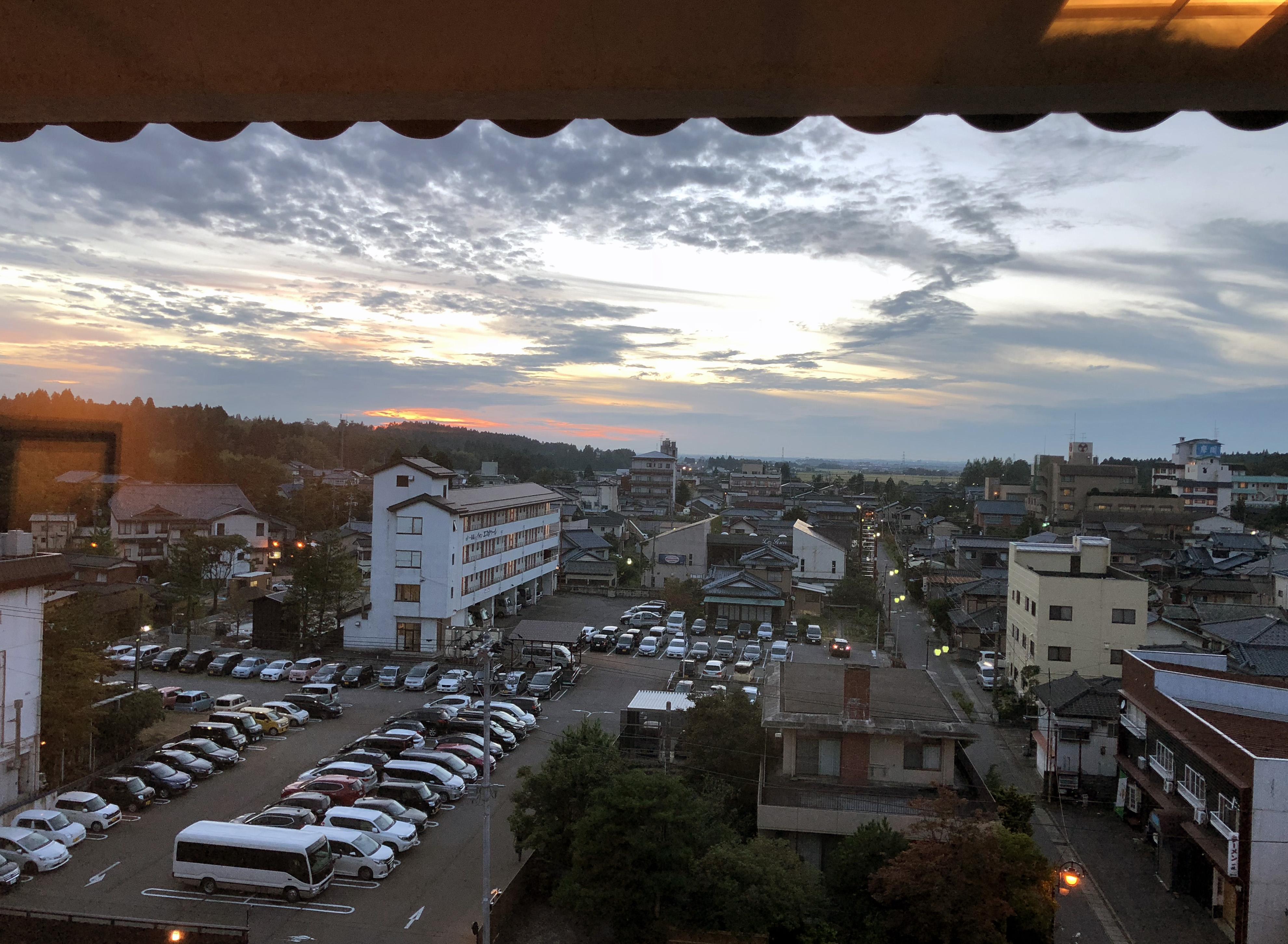 ホテルから日本海の夕焼け